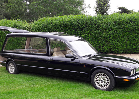 BLACK JAGUAR XJ 300 HEARSE