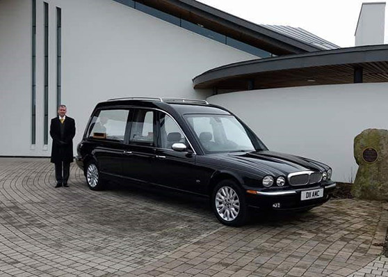 BLACK JAGUAR XJ 350 HEARSE
